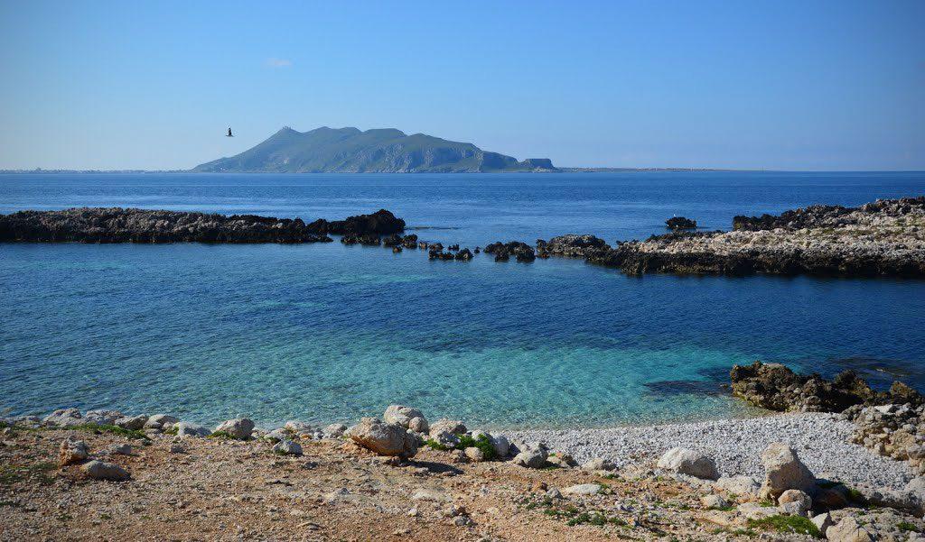 Spiaggia al Faraglione
